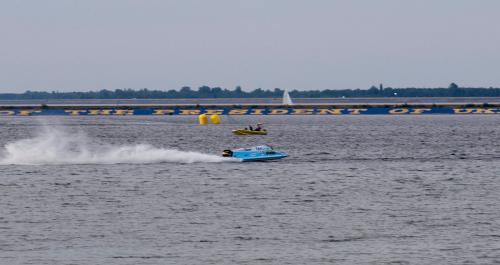 Формула 1 на воді у Вишгороді