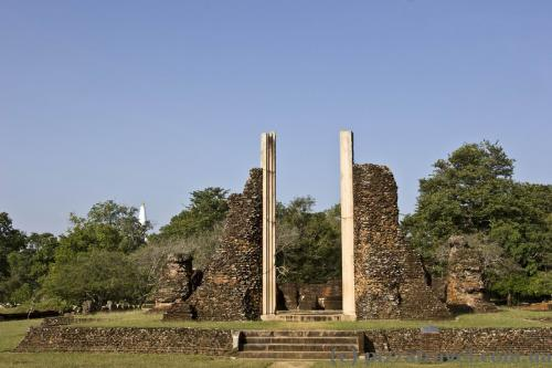 Ancient city ruins near the Jetavana stupa