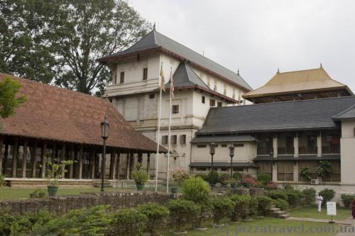 Новый дворец в Канди