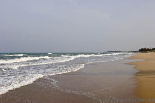 Deserted beaches in Nilaveli