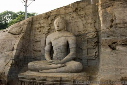 Сидячий Будда