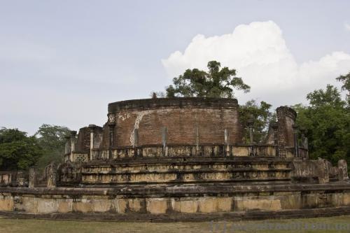 Храм Ватадаге