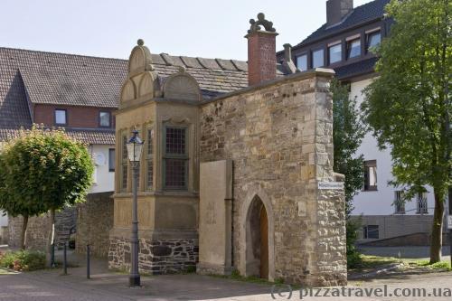 Маленькое здание в стиле везерского ренессанса (Archivhaeuschen, 1565)