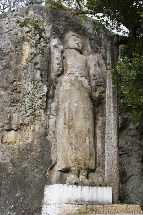 Скальный храм Dowa