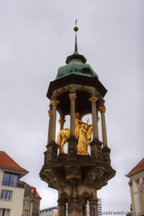Магдебургский всадник, олицетворяющий императора Оттона Первого