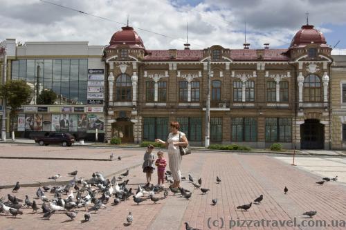 Площа Кірова