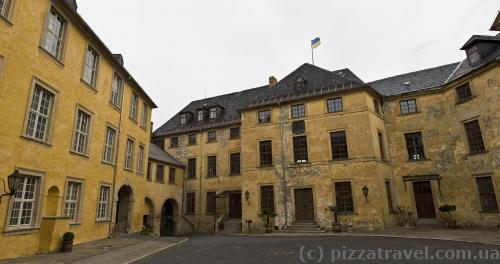 Внутрішній двір замку Бланкенбург