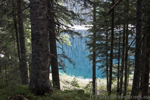 Красивый цвет воды