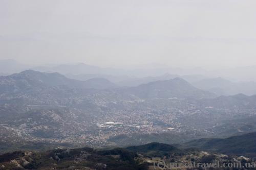Вид с горы Ловчен на Цетинье