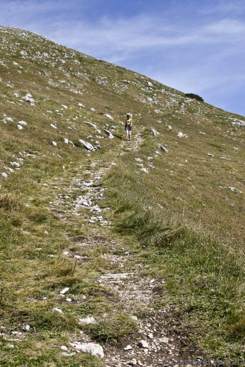 Путь от верхней станции до вершины