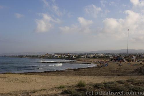 Пляж на западном побережье Пафоса