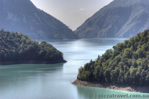 Красивые пейзажи на Ингурском водохранилище