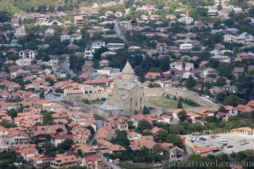 Вид на Мцхету від монастиря Джварі