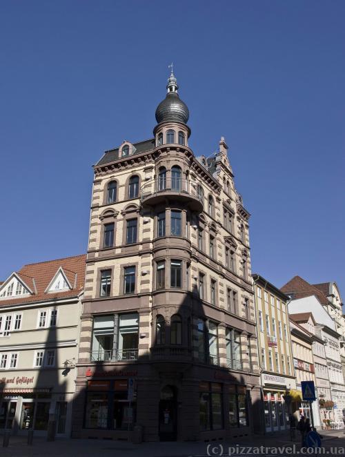Дом на Johannisstr.