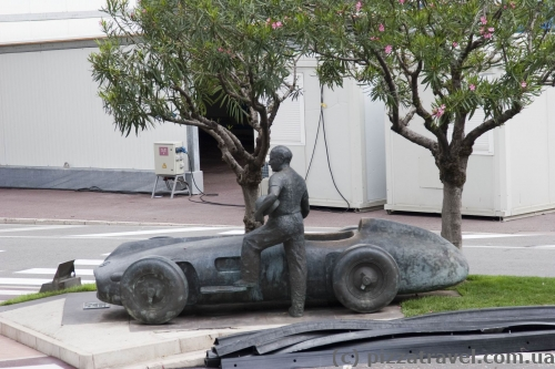 Monument to Juan Manuel Fangio and his car Mercedes-Benz 196