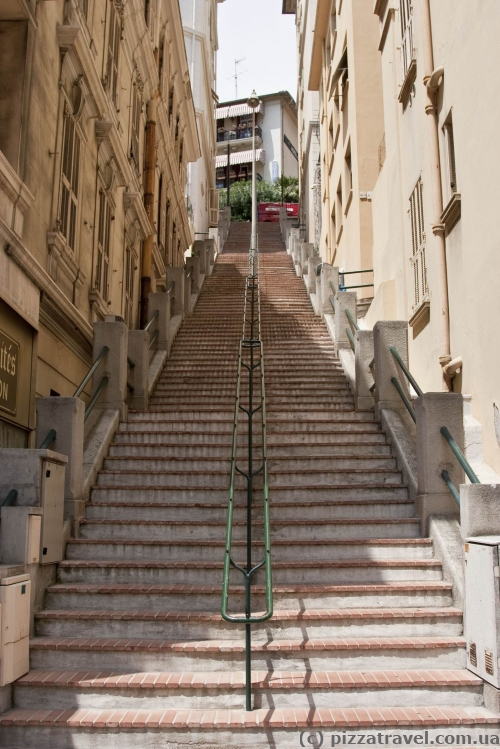 Monaco is located on the mountain slopes, such stairs are everywhere.