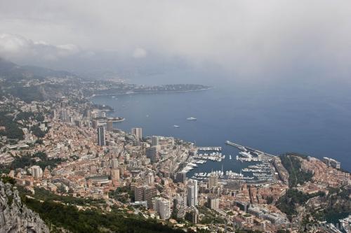 Вид на Монако з оглядового майданчика