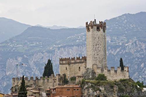 Мальчезіне - Castello Scaligero