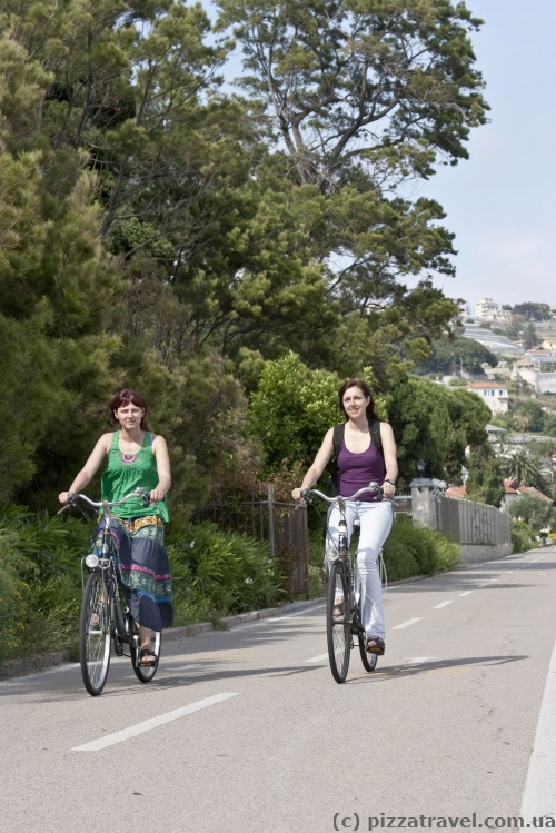 Cycling Riviera bike path