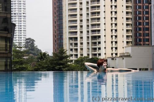Бассейн отеля Impiana KLCC в Куала-Лумпур
