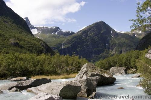 Пейзажи возле Бриксдальского ледника