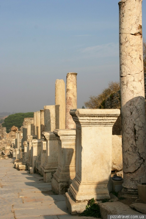 Cuteres street in Ephesus