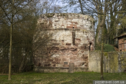Вежа Diekturm в Айнбеку (приблизно 1500-й рік)