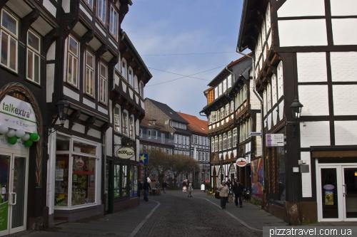 Вулиця Lange Bruecke