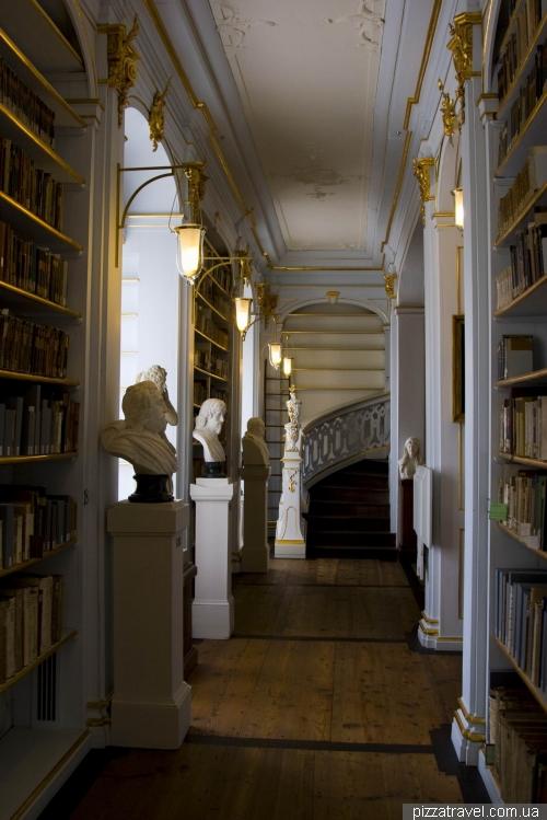Зал рококо в библиотеке герцогини Анны Амалии в Ваймаре