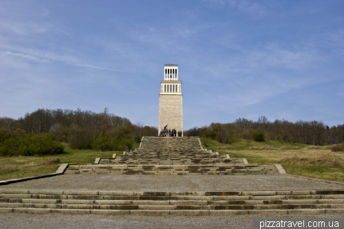 National Memorial to the victims of fascism Buchenwald (1958)