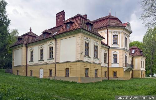 Палац Бруніцького у Великому Любені