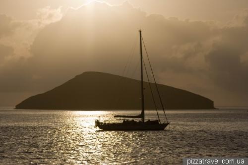 Схід сонця біля острова Chinese Hat