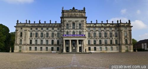 Дворец в Людвигслюсте