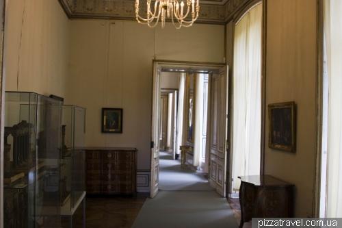 Внутри дворца в Людвигслюсте