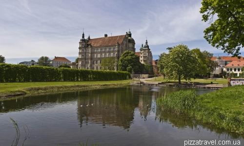 Замок в Гюстрове