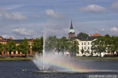 Fountain at Lake Pfaffenteich