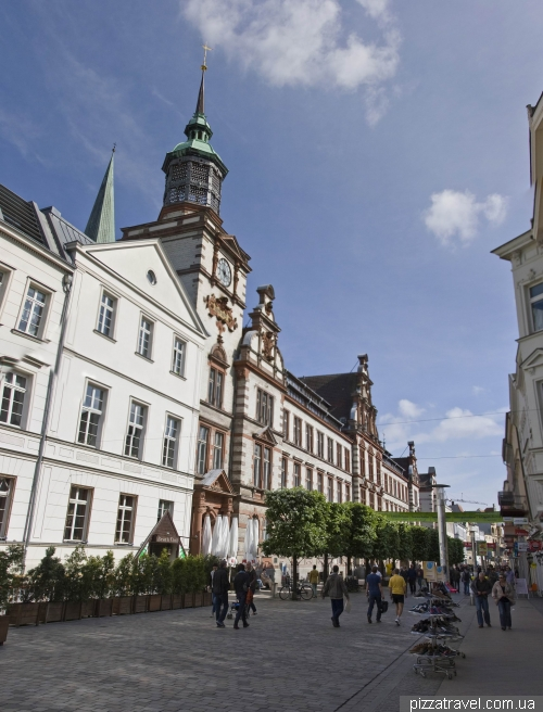 The central street in the old town of Schwerin