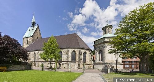 Міський собор і мавзолей