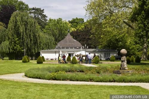 Парк біля замка в Штадтхагені