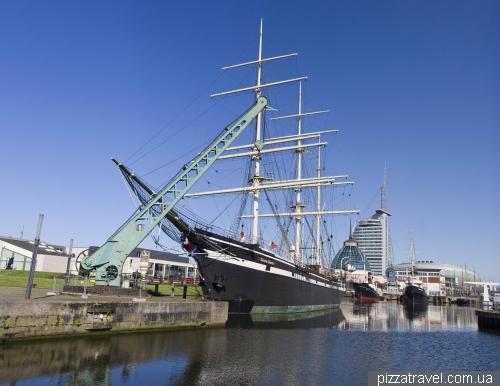 The barque