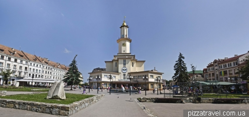 Market square in Ivano-Frankivsk