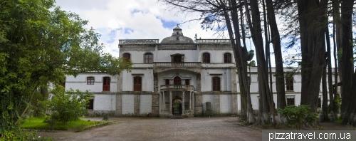 Отель Hacienda La Cienega