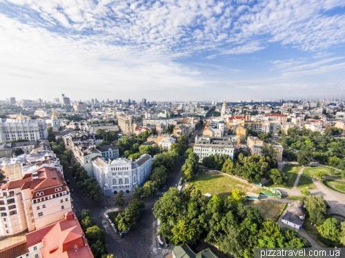 Вулиці Десятинна і Володимирська