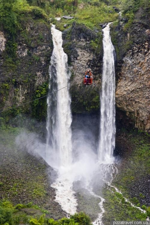 Водопад Cascada El Manto de la Novia