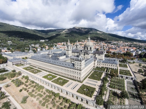 El Escorial - monastery and castle