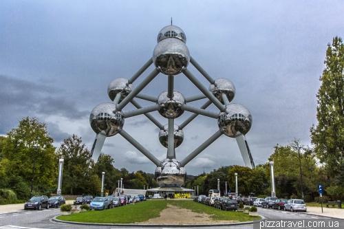 Атоміум в Брюсселі