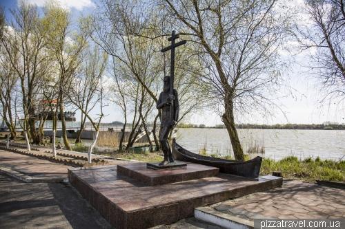 Monument to lipovans in Vilkovo