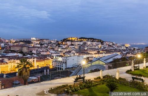 Lisbon, Miradouro São Pedro de Alcântara