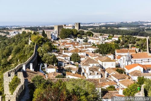 Obidos, walls of XII-XIV centuries., length - 1565 meters