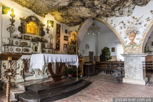 The rock church of Madonna della Rocca in Taormina